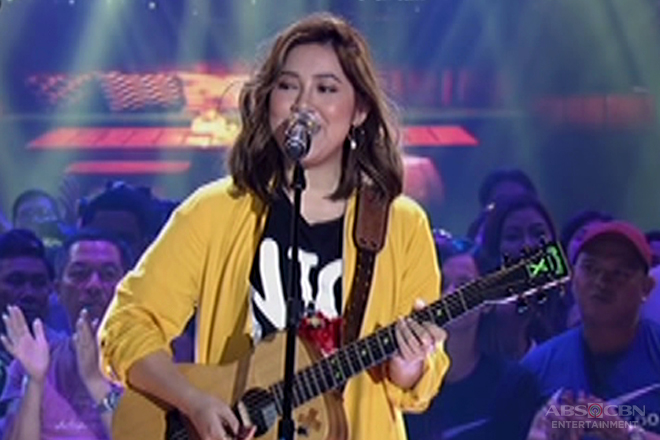 Himig Handog 2017: Moira Dela Torre performs Libertine Amistoso's entry