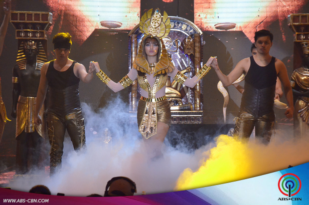 IN PHOTOS: Sarah Lahbati oozes sexiness in super hot dance number with Joseph Marco