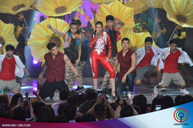 PHOTOS: Popstar Royalty Sarah G in an explosive Gloria Estefan Opening Number